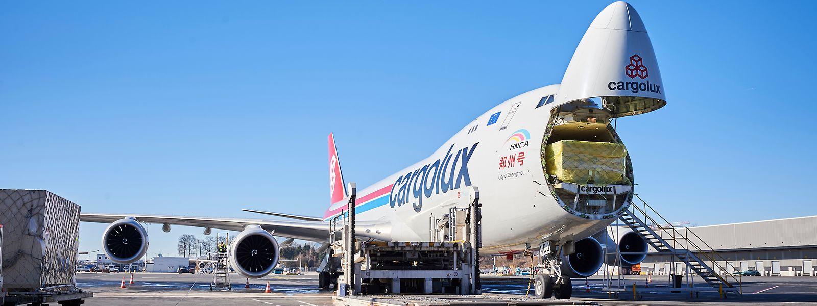 Non pas un, mais deux accords ont été signés ce lundi 5 août par la direction de Cargolux et les deux syndicats luxembourgeois que sont le LCGB et l'OGBL.