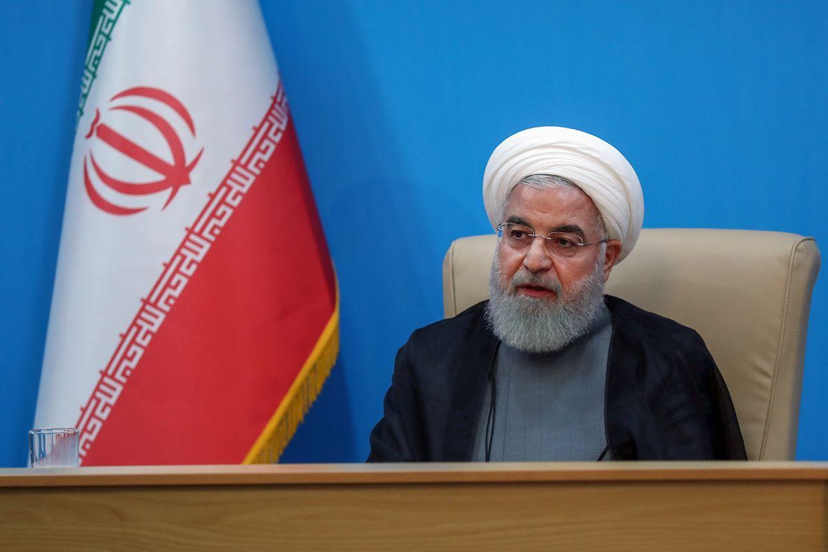 """Der iranische Präsident Hassan Rouhani bezeichnete die gegen den Iran ausgestellten US-Sanktionen als """"unverschämt und ein Zeichen geistiger Behinderung""""."""