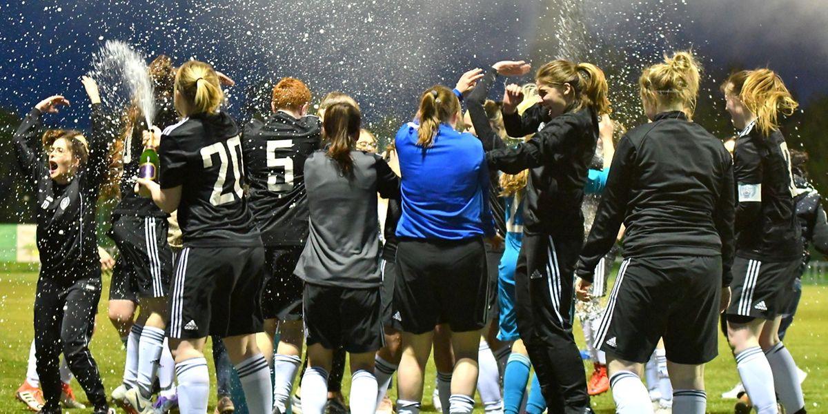 La joie des joueuses de l'Entente Wormeldange-Munsbach-CSG après la qualification.