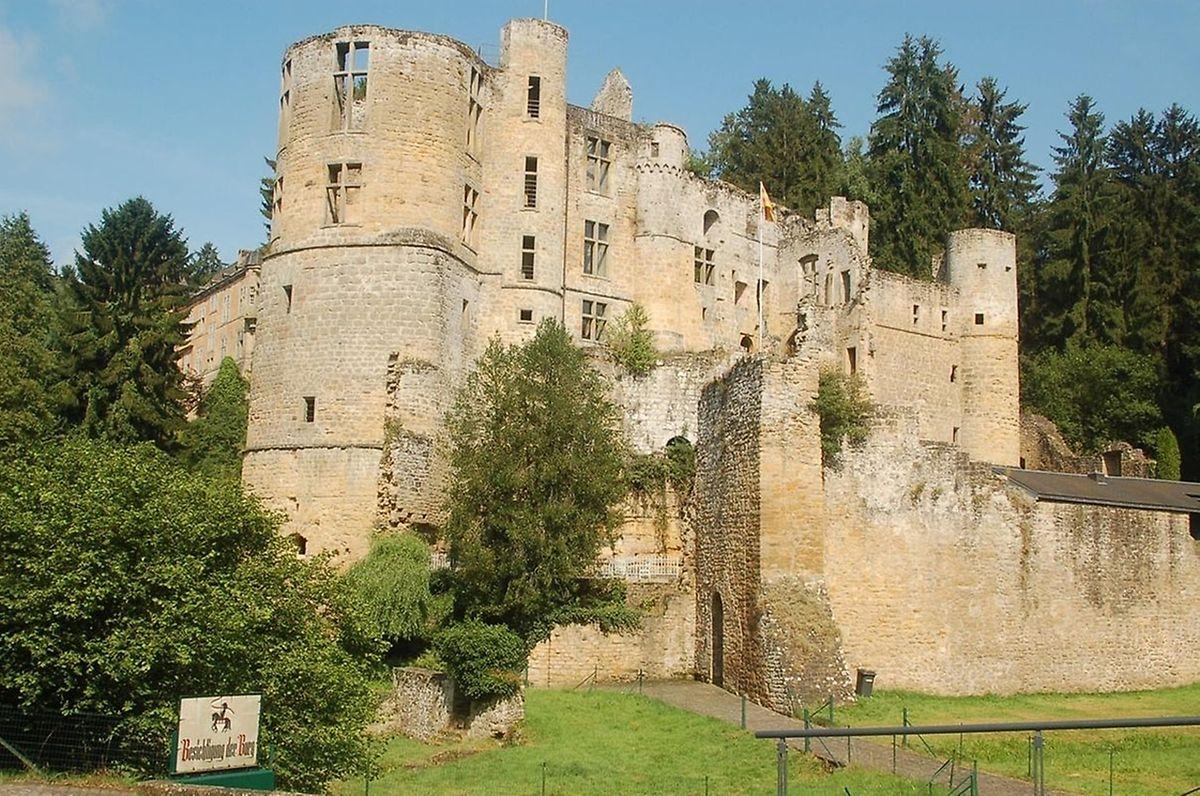 Beaufort castles - Medieval and Renaissance castles sit side by side. Photo: Birgit Pfaus-Ravida