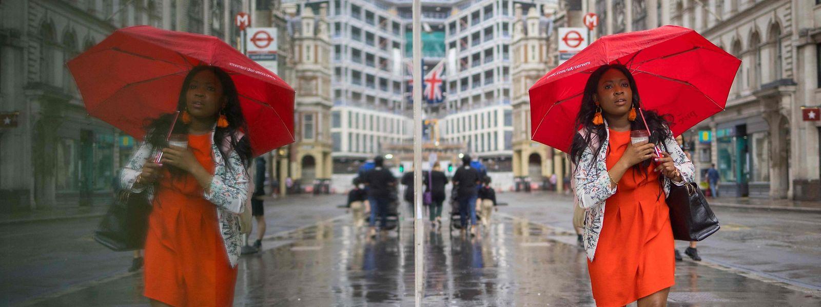 Bald könnten sich auf den Straßen von London wieder mehr Touristen tummeln.