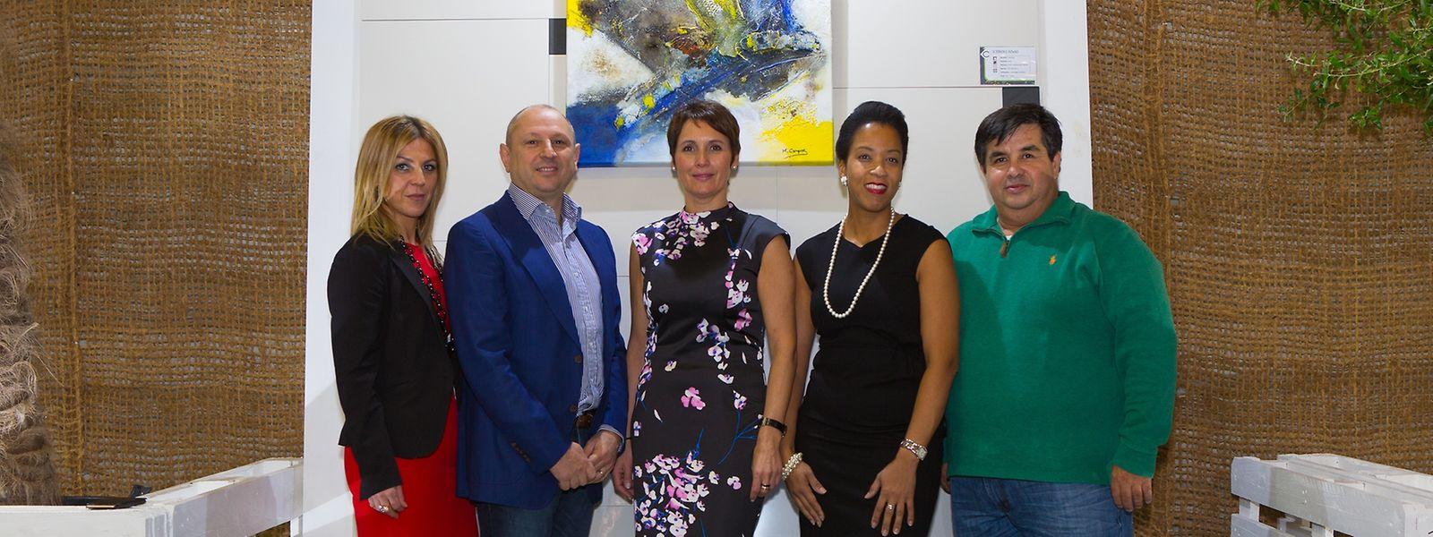 Sónia Mendes (comercial da Reebou), Bruno Costantini (sócio-gerente da Costiles), Margarida Campos e Mira Freire (artistas plásticas) e Andrés Salas (Gestor de projectos da Reebou)