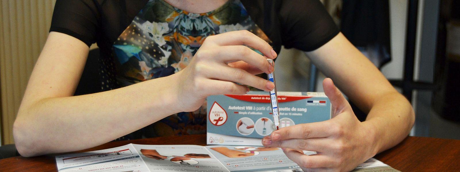 Le premier autotest de dépistage du virus du Sida est fabriqué en France.