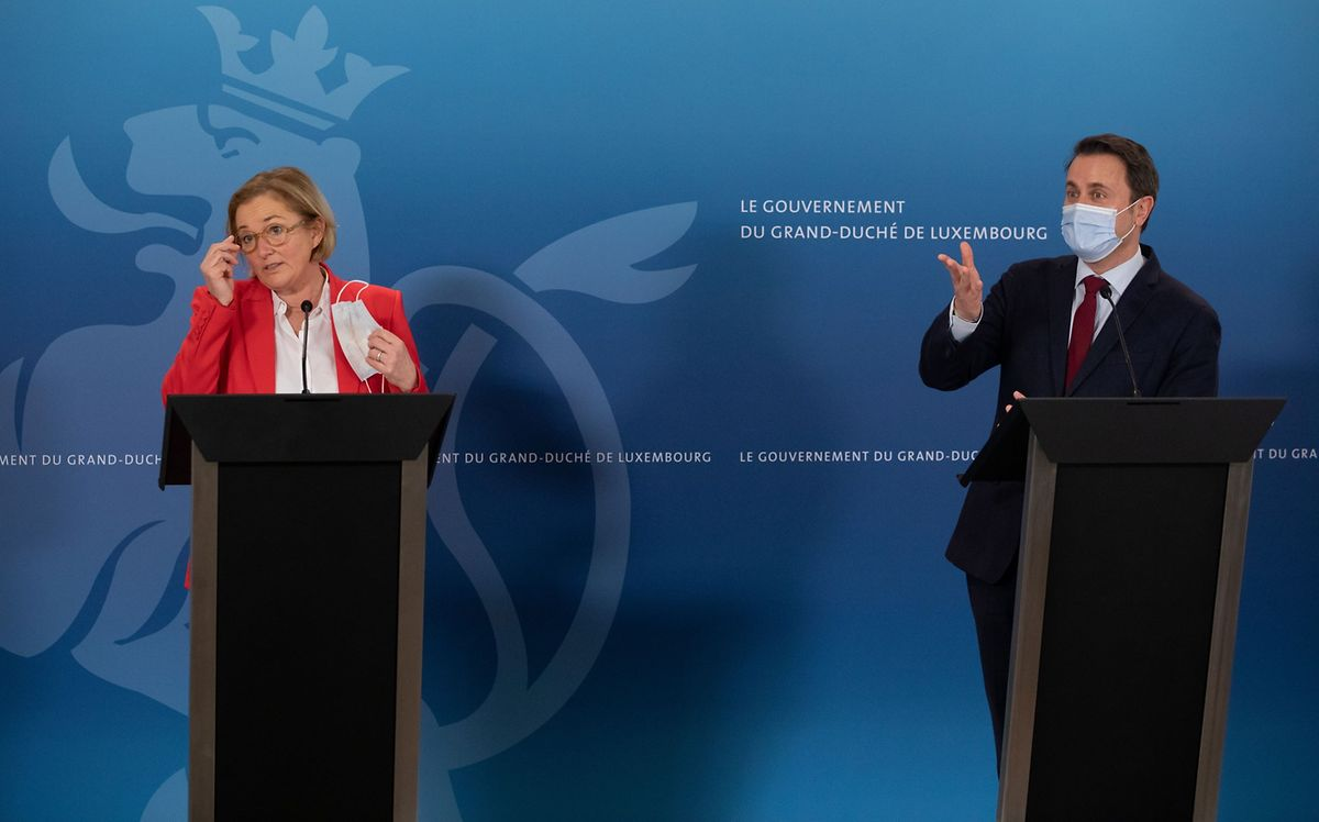 Health Minister Paulette Lenert and Prime Minister Xavier Bettel announced the extension of the lockdown measures at a press conference on Friday Photo: Chris Karaba/Luxemburger Wort