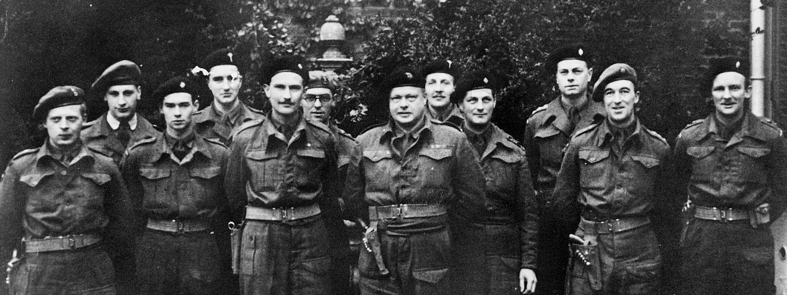 Grand-Duc Jean war bei den Irish Guards, aber im letzten Kriegsjahr stand er auch öfter Seite an Seite mit den Welsh Guards.