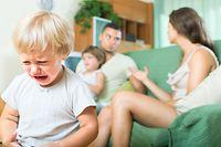 Divorce Scheidung Eltern Streit Streiten Kind Weinen Kinder