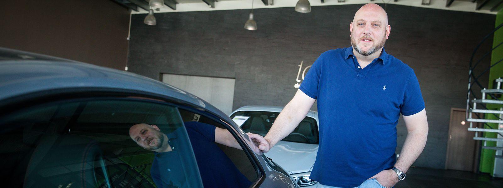 Seit Wochen verkauft Tom Schmitz kaum noch ein Auto, ob neu oder gebraucht.
