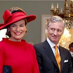 Reis da Bélgica chegam de comboio ao Luxemburgo para visita de estado