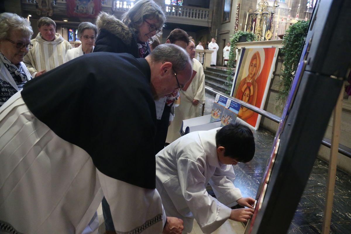 """Messe für die neuen Pfarreien: """"Diddeleng Saint-Martin"""" & """"Käldall Notre-Dame-des-Mineurs""""."""