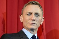 """ARCHIV - 28.10.2015, Berlin: Daniel Craig, britischer Schauspieler, aufgenommen bei der Deutschlandpremiere des James Bond Films «Spectre». (zu dpa """"Kinostart des neuen James-Bond-Films auf April 2021 verschoben"""") Foto: Britta Pedersen/zb/dpa +++ dpa-Bildfunk +++"""