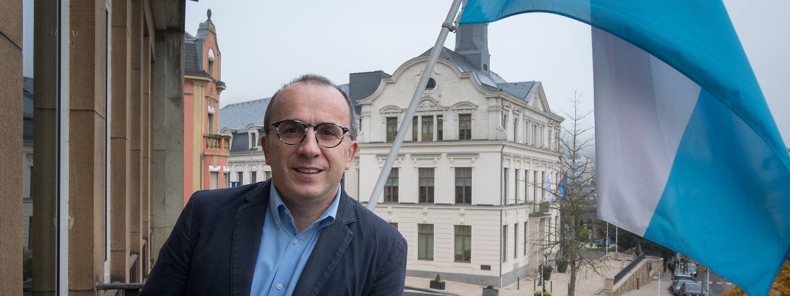 Roberto Traversini bleibt Bürgermeister.
