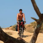 Covid-19. Ruben pedalou 26.000 quilómetros e ficou de quarentena num paraíso angolano