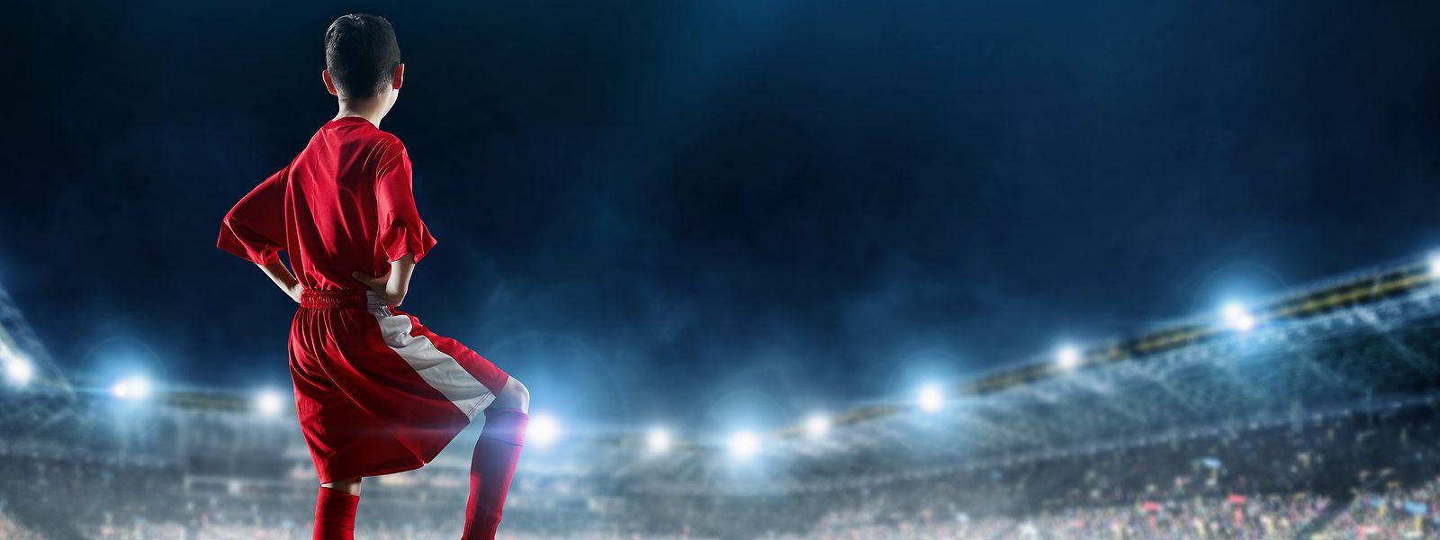 Zahlreiche Talente verfolgen das Ziel, später in großen Stadien zu spielen.