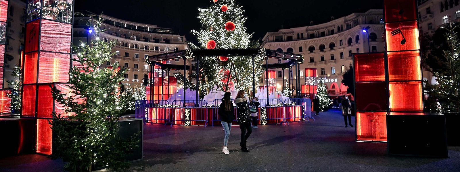 Weihnachtsbaum im Zentrum von Thessaloniki.