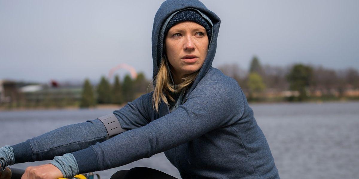 """Anna Torv ist als hartnäckige Journalistin Herz und Seele von """"Secret City""""."""