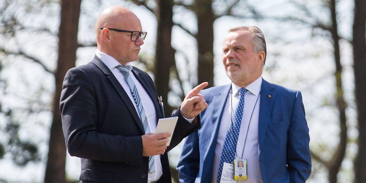 Oswald Schröder (links) beim Staatsbesuch des großherzoglichen Paares in Finnland.