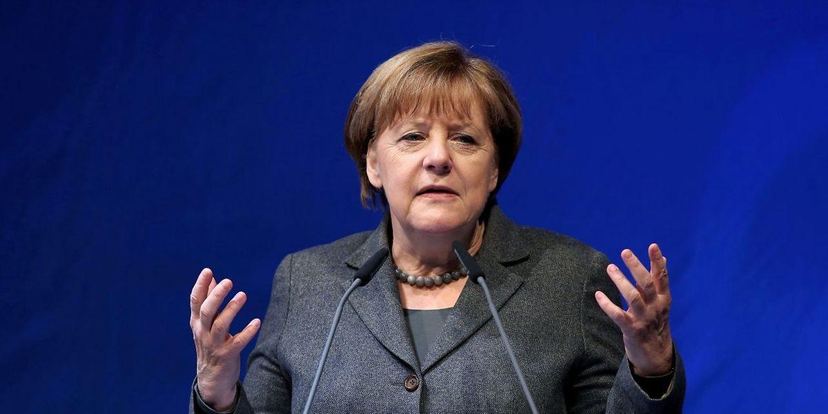 Die deutsche Bundeskanzlerin Angela Merkel stößt europaweit auf Widerstand gegen ihre Willkommenspolitik.