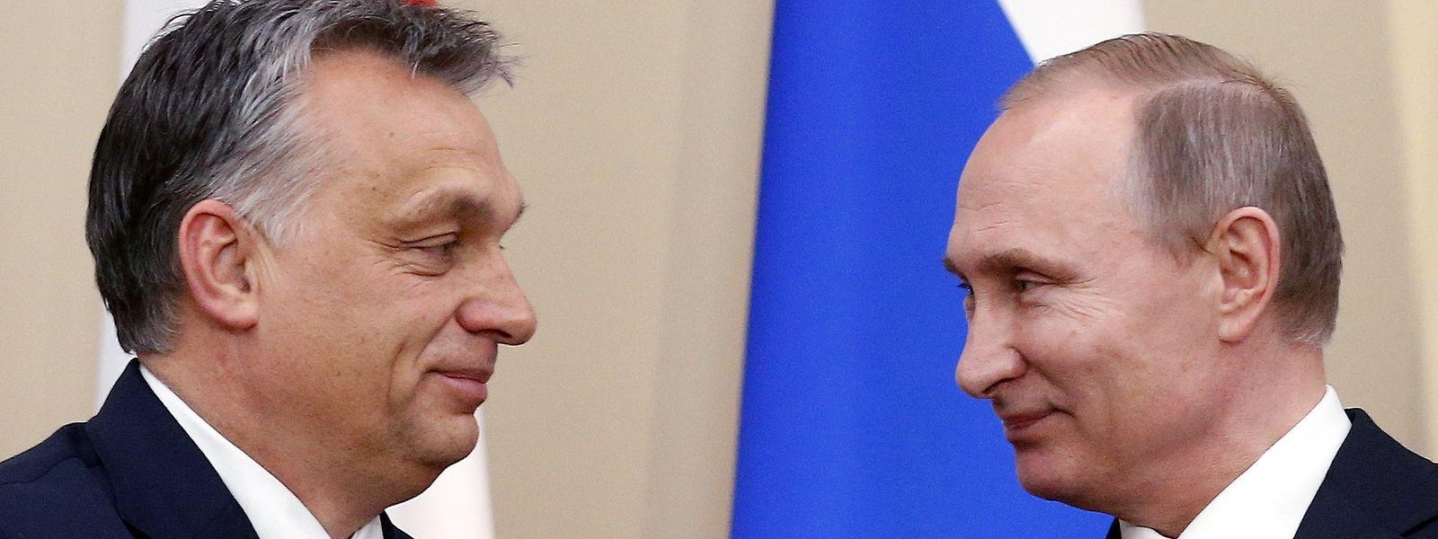 Gute Freunde: Der ungarische Ministerpräsident Viktor Orban pflegt ein gutes Verhältnis zu Putin, das auch Geschäftsbeziehungen einschließt.