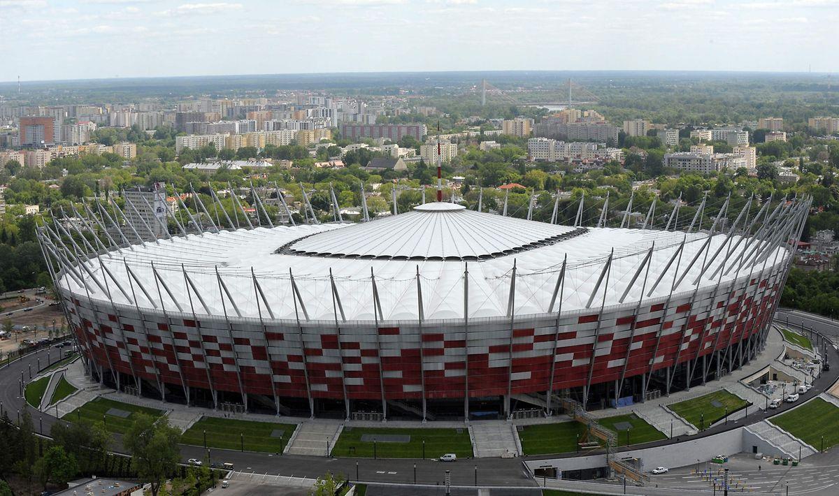 La Pologne a décidé de transformer en partie le stade national à Varsovie en hôpital provisoire.
