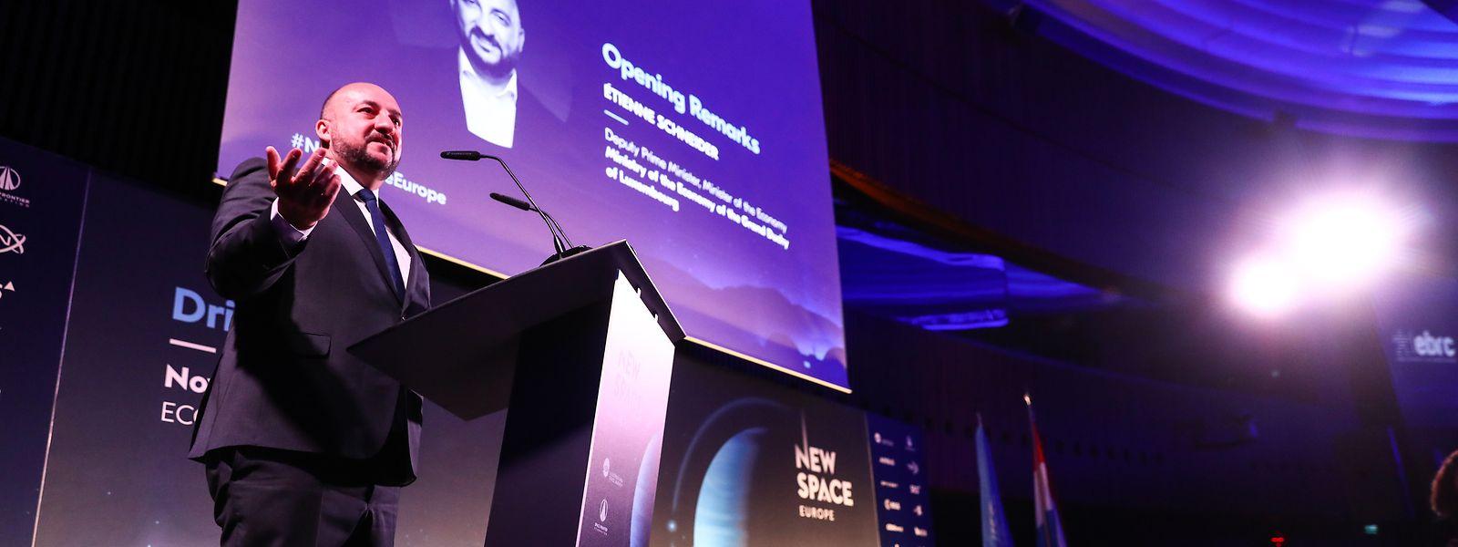 Etienne Schneider aura joué l'ambassadeur du Luxembourg à l'international, auprès des agences spatiales et des grands acteurs du domaine.