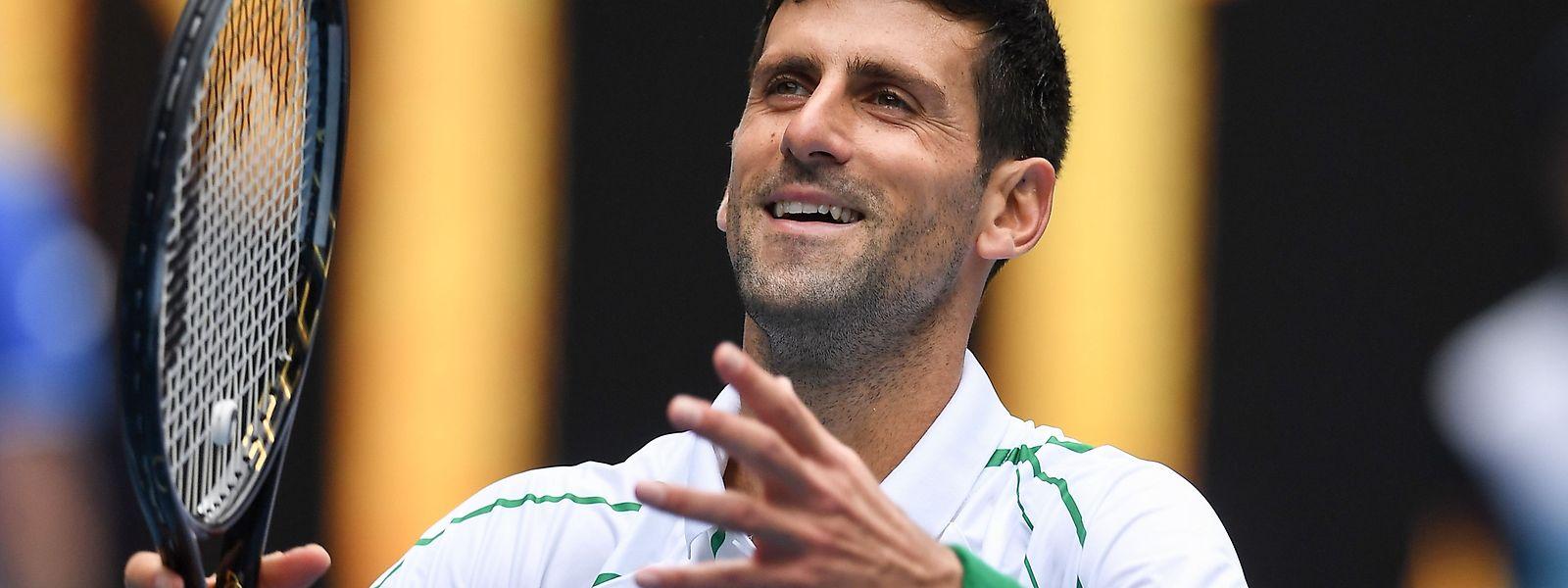 Novak Djokovic tout sourire. Le Serbe s'est facilement défait du Japonais Tatsuma Ito