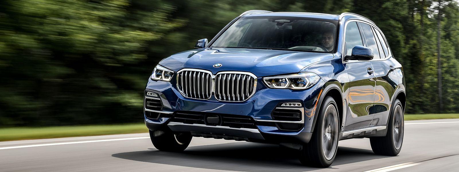 Der neue BMW X5 wirkt deutlich stattlicher als das Vorgängermodell.
