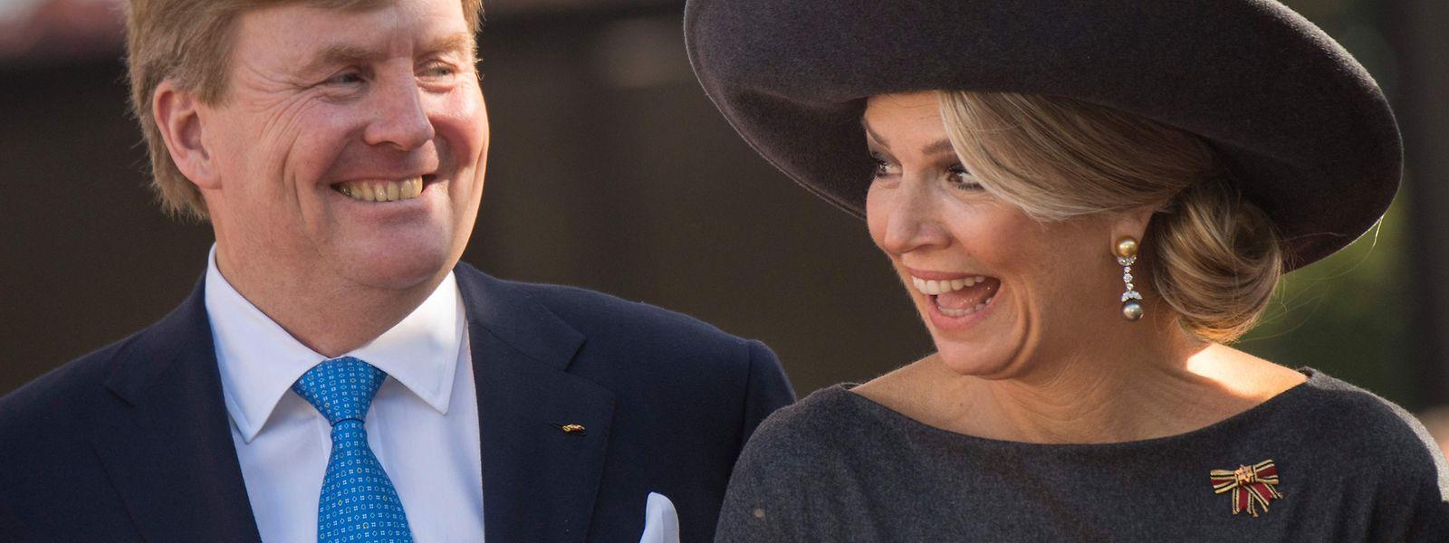 König Willem-Alexander und Königin Máxima strahlen sich derzeit durch die Grenzregion.