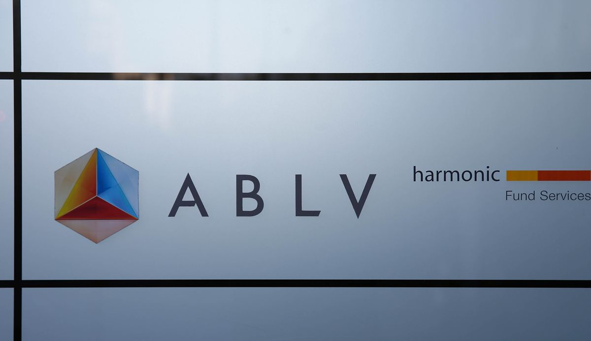 Die Bank beschäftigt 20 Mitarbeiter in Luxemburg und ist auf Vermögensverwaltung spezialisiert.