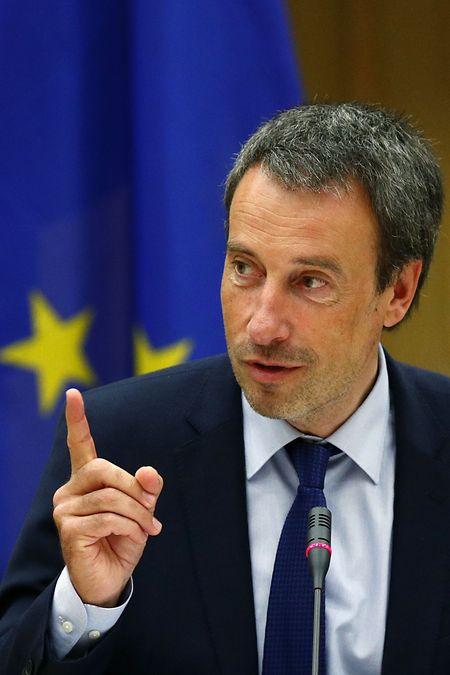 """Le ministre de la Défense, Philippe Goffin, l'a dit : """"La Défense est lassée des critiques qui lui sont adressées"""". Il parlait de la gestion du contrat avec Avrox."""