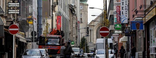 Die Nigerianer hatten ihr Revier zwischen der Rue Joseph Junck und der Rue Adolphe Fischer mit Spähern regelrecht abgeschirmt.