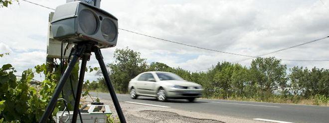 Les sept radars mobiles peuvent être déployés spontanément à n'importe quel moment sur l'ensemble du réseau routier du pays