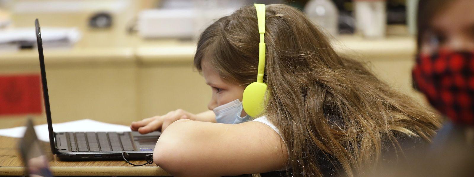 Privés de contacts, des plaisirs, des insouciances mais aussi du cadre scolaire, bon nombre de jeunes commencent à déprimer sérieusement.