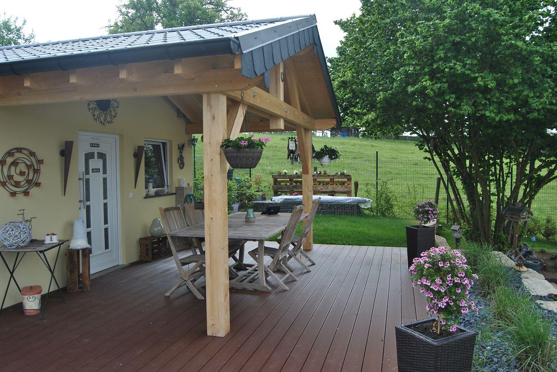 A Toitures Martino oferece-lhe uma solução prática, de maior durabilidade e menor manutenção, os terraços em composite imitação madeira.