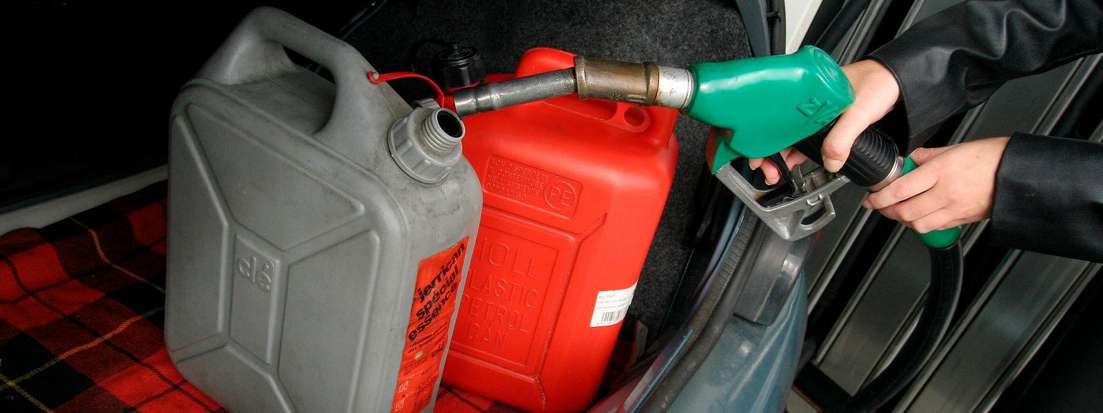 La hausse annoncée du diesel (3-5 cents/l) et de l'essence (1-3 cents/l) pèsera sur l'inflation cette année.