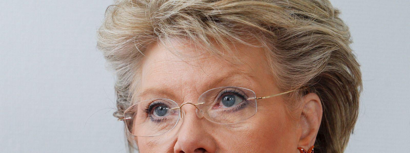 Spricht sich weiterhin für ein rasches Ende der Roaminggebühren aus: die frühere EU-Medienkommissarin und Vize-Präsidentin der Kommission, Viviane Reding.