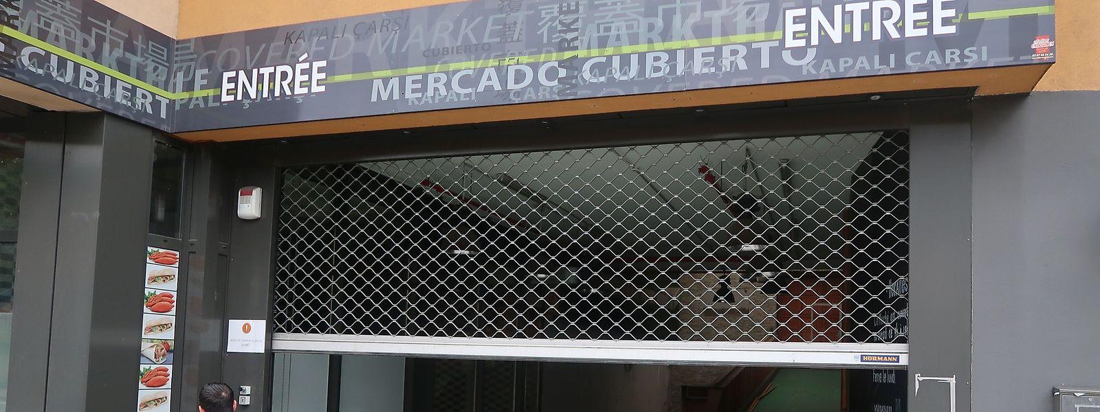Das Gitter vor der Muarthal soll sich demnächst wieder vollends heben, für Supermarkt-Kunden.