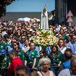 Vor genau hundert Jahren soll die Heilige Maria drei Kindern in dem portugiesischen Dorf Fatima erschienen sein.