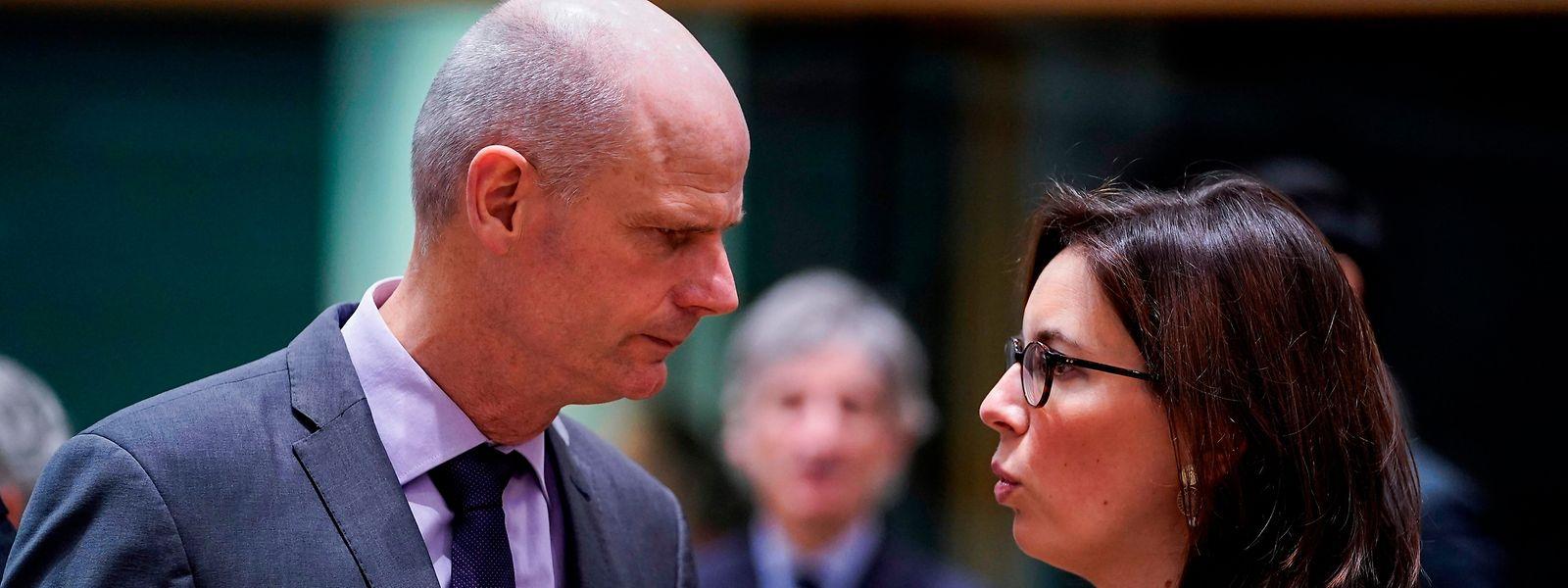 «C'est un traité très compliqué. Ce sera une tâche très difficile, une longue route nous attend», a prévenu le ministre néerlandais, Stef Blok (à g.)