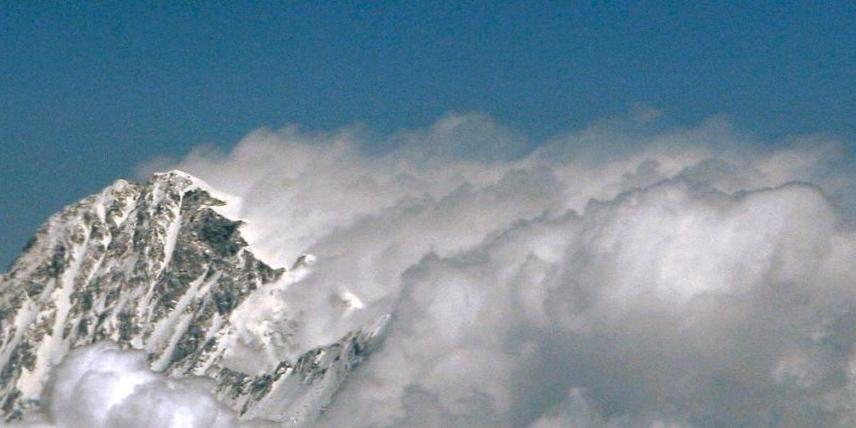 Viele Bergtouristen reisen aus aller Welt an, um die Faszination Everest zu erleben.