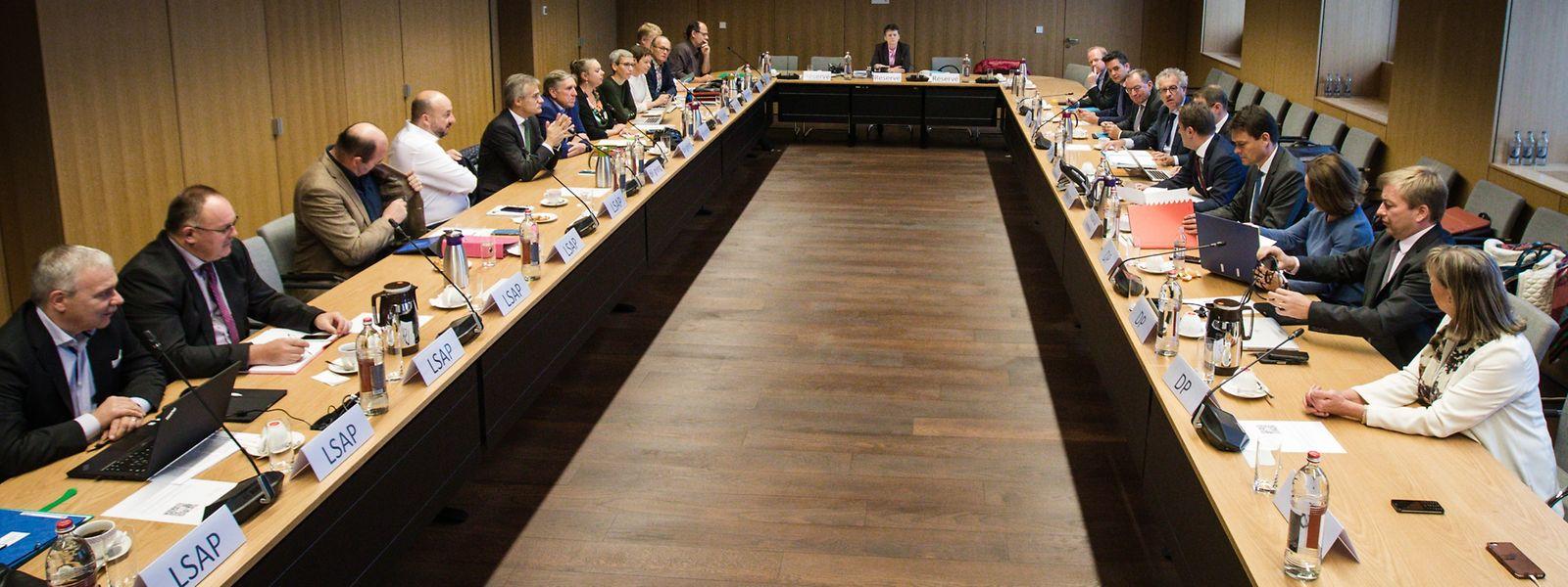 Die Koalitionsverhandlungen finden diesmal unter veränderten Voraussetzungen statt.