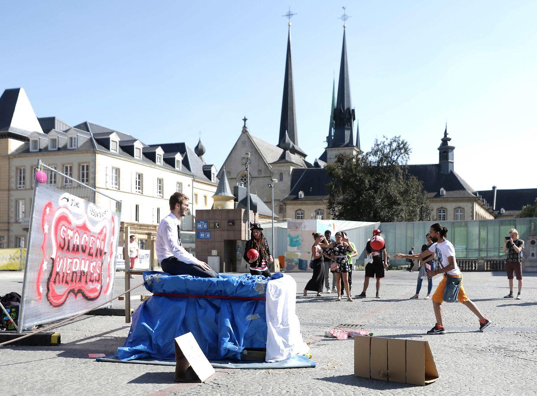 Prekariteit Stage est un évènement organisé par l'UNEL.