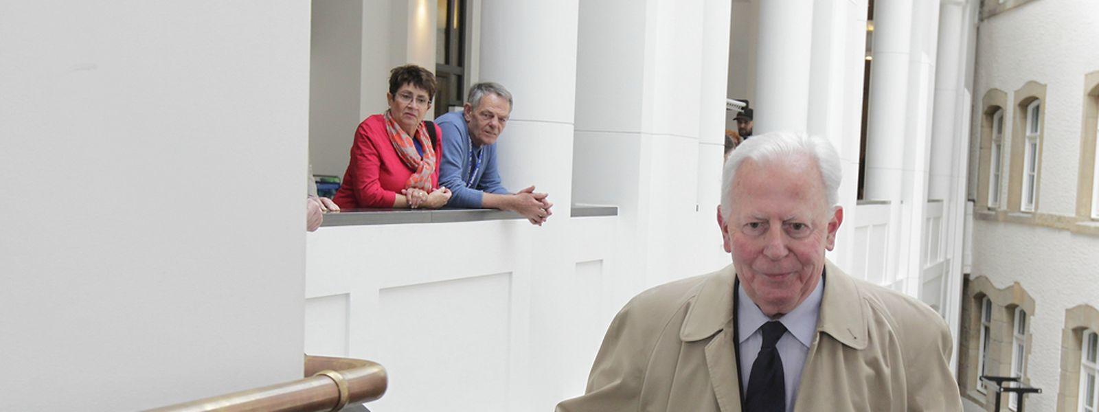 """Ehrenstaatsminister Jacques Santer: """"Wenn ich damals gewusst hätte, was ich heute weiß, dann hätte ich sicher auch anders reagiert""""."""