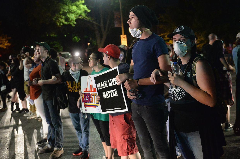 Proteste nach Freispruch eines Polizisten in St. Louis.