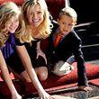 "Reese Witherspoon mit Tochter Ava und Sohn Deacon auf dem ""Hollywood Walk of Fame""."