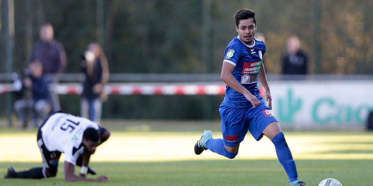 Diego Esch a posé de sérieux soucis à la défense de la Jeunesse.