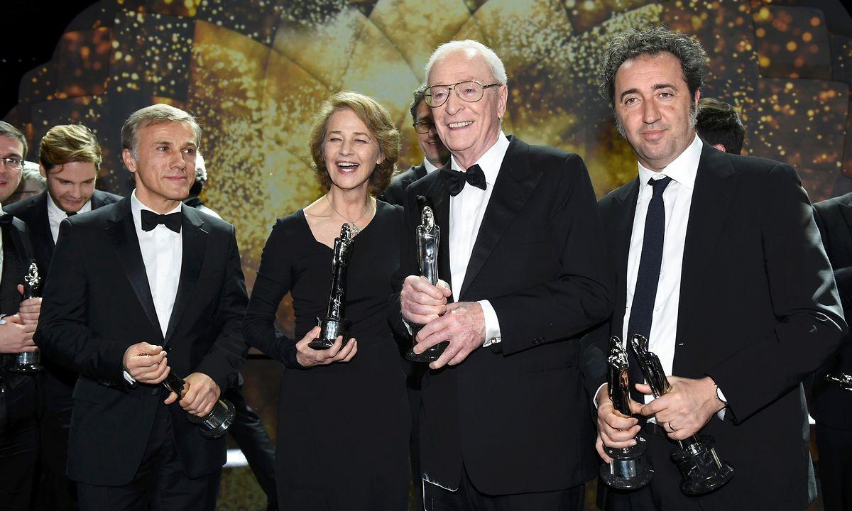 Christoph Waltz, Charlotte Rampling, Sir Michael Caine et Paolo Sorrentino  lors de la cérémonie des European Film Award à Berlin.