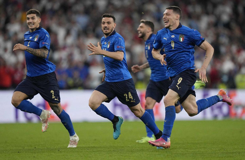Les Italiens privent l'Angleterre de son premier titre européen.