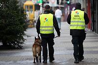 Les patrouilles de société privées sont censées remedier au sentiment d'insécurité et au mécontentement des habitants du quartier.