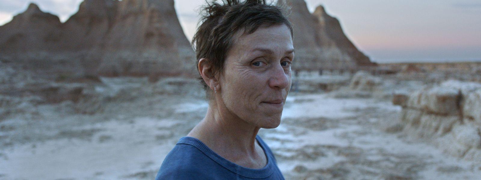 """Frances McDormand als Fern in einer Szene des Films """"Nomadland"""" der in China geborenen Regisseurin Zhao."""