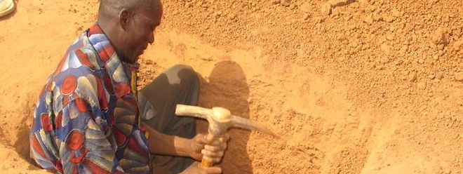Bewaffnete Konflikte werden oft über illegal abgebaute Rohstoffe finanziert. Die Menschenrechte bleiben dabei auf der Strecke.